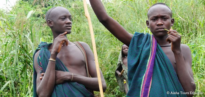 Le peuple Surma (Suri)